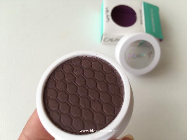 colourpop eyeshadow central perk