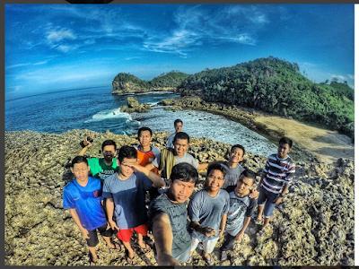 Pantai Batu Bengkung Beach