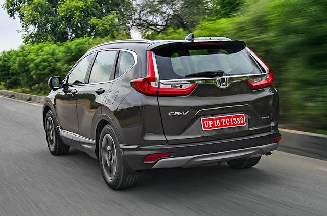 All New 2018 Honda CR-V rear look pics