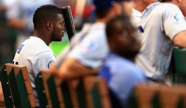 """El mánager de los Dodgers de Los Ángeles, Dave Roberts, declaró que el cubano estaría fuera por """"un par de semanas"""", pero no descartó que el tiempo de recuperación fuera mayor"""