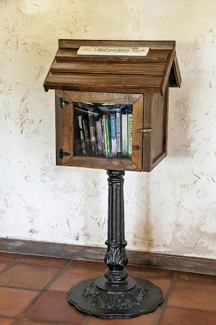 little-free-library-book-drop-rancho-bernardo-innfluencer-campaign