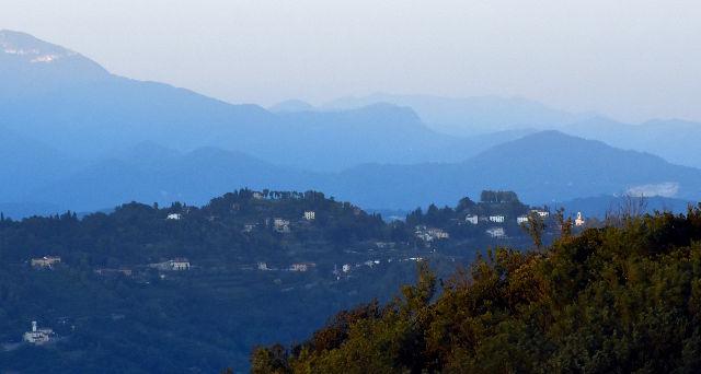 italy, italia, north-italia, pohjois-italia, italian countryside, italian maaseutu, lomatunnelmia, kukkulat, ilta