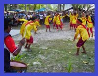 http://senbudi.blogspot.com/2015/12/tari-taraian-dari-sulawesi-utara.html