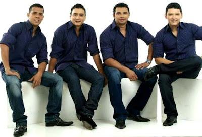 Foto de los vocalistas del grupo Galé