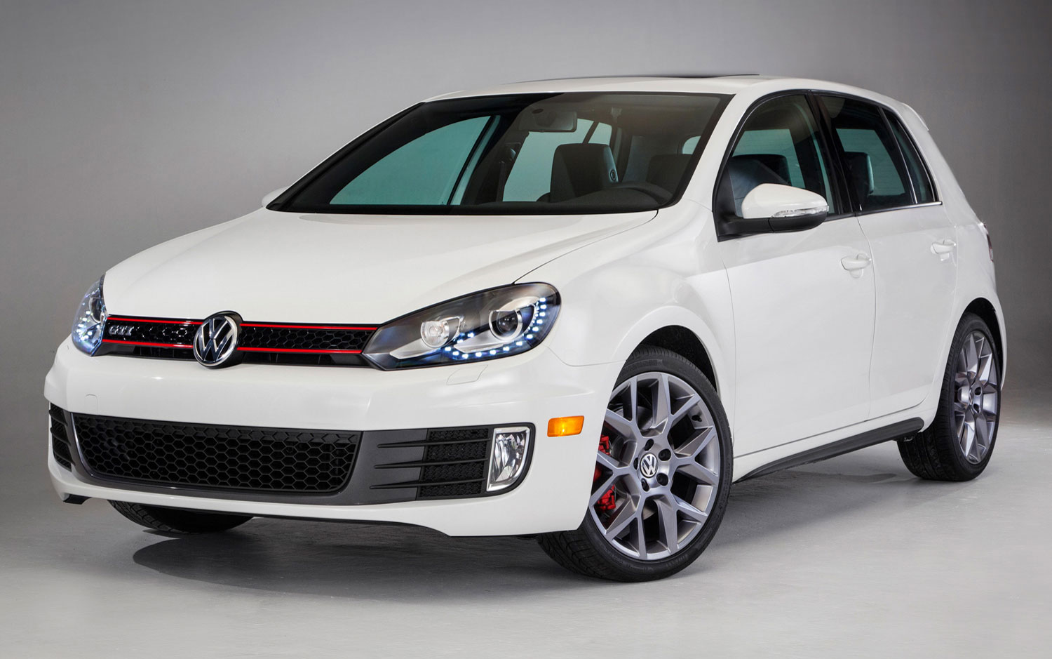 cars model 2013 2014 2013 volkswagen gti ends production with wolfsburg driver s editions. Black Bedroom Furniture Sets. Home Design Ideas