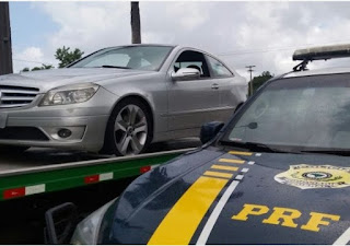 Mercedes Benz roubada na região de Recife é recuperada pela PRF em Alhandra