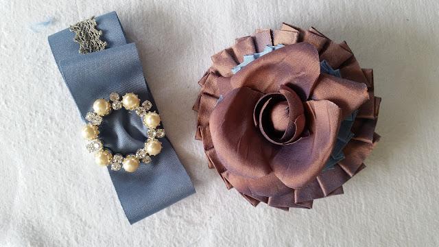 ornement floral et accessoires par couturière costumière à Versailles