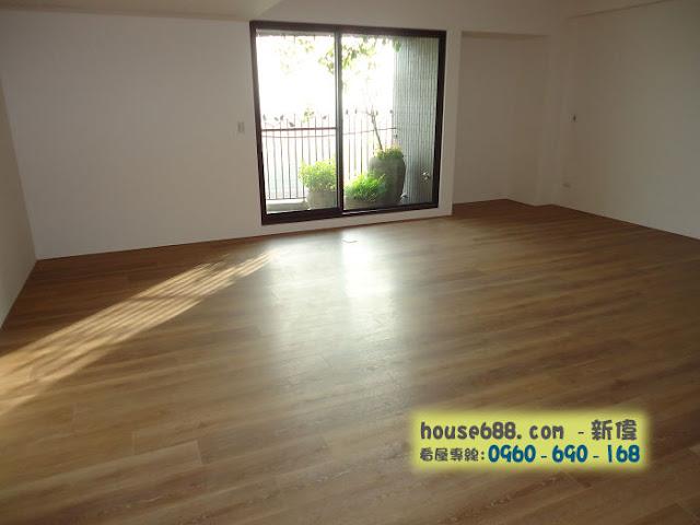 龍寶悅臻邸 客廳