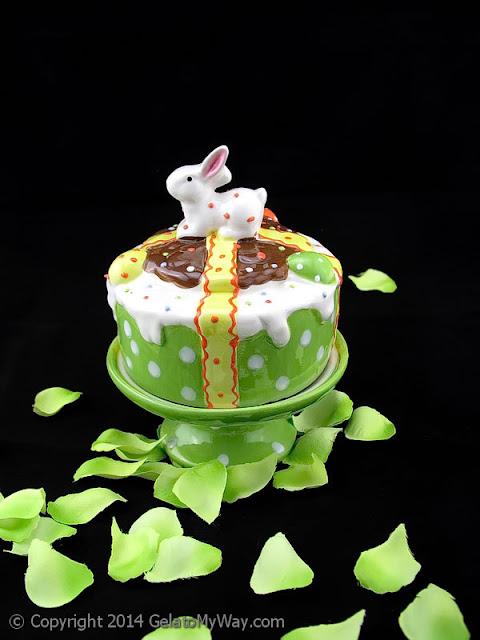 dolce di Pasqua tortino alle mandorle