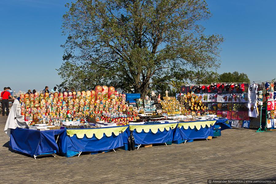 Матрёшки и сувениры на Воробьёвых горах