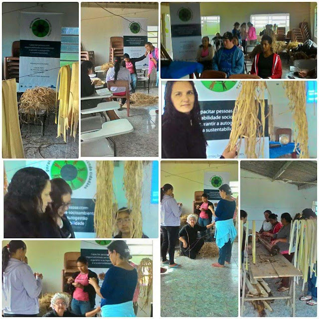 Oficina de fibras de bananeira pelo projeto gerando renda em Iguape