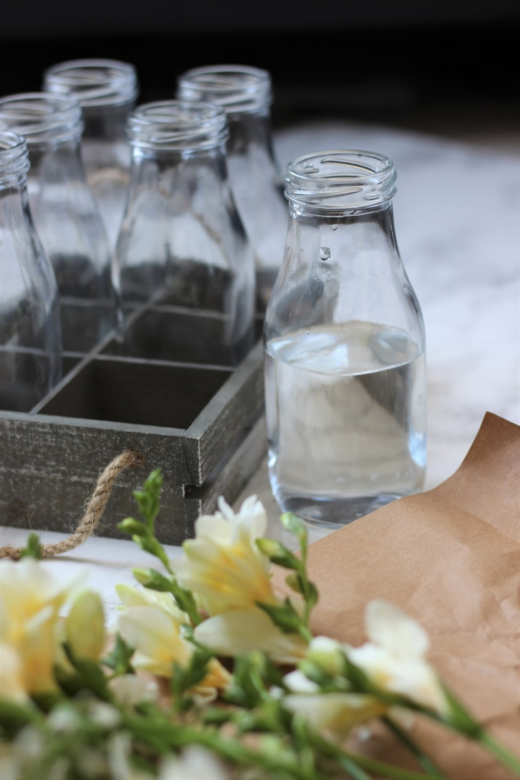flower-arranging-milk-bottles