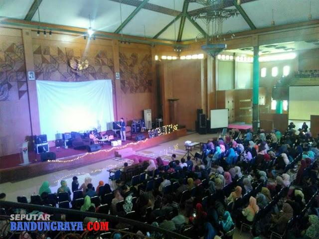 Shelton 2.0 UPI Bandung, Ajang Bincang Pengusaha Muslim