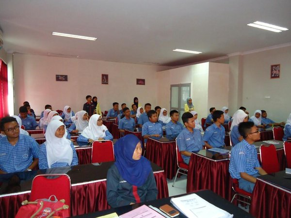 GIBEI Goes To School ke SMA Pembangunan