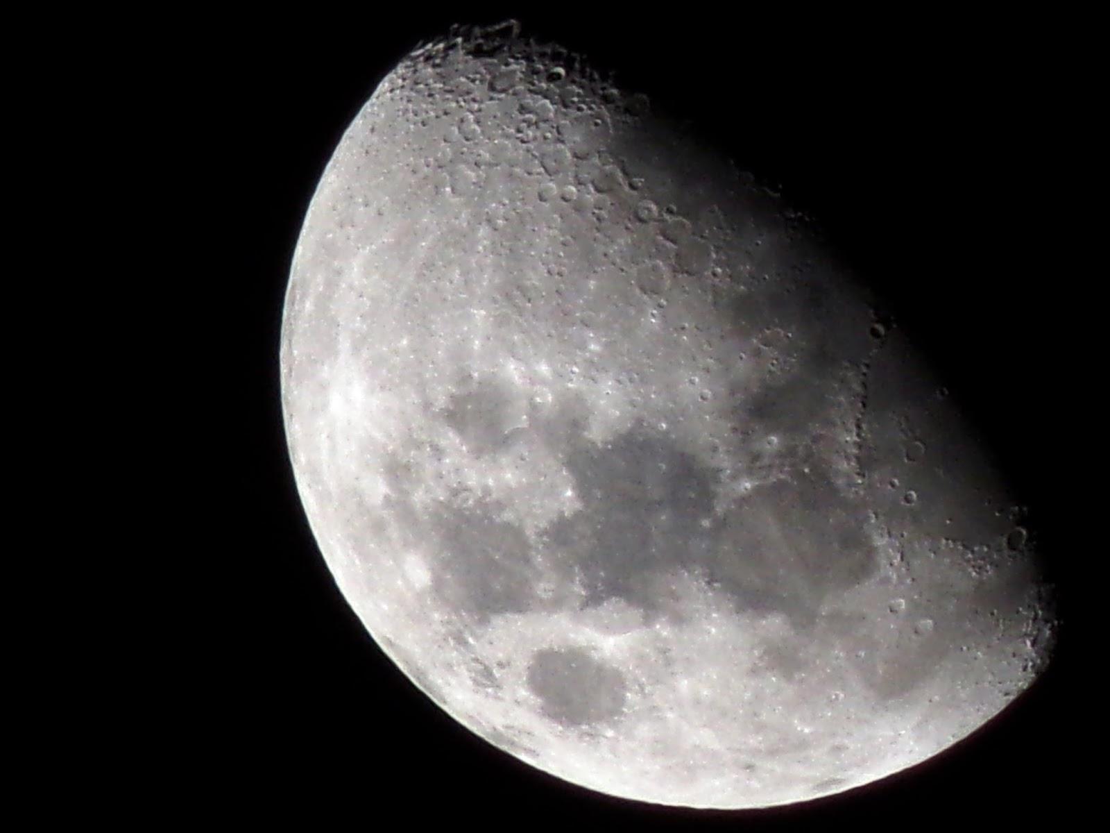 Luna Cuarto Creciente | Lunas Y Luces Luna 15 De Abril 2016 Cuarto Creciente 22 Hs 27 M