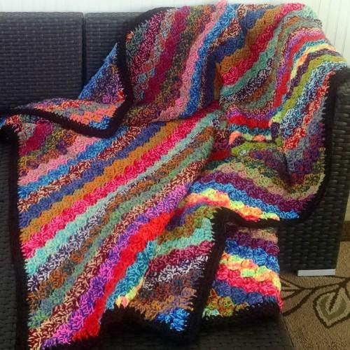 Crochet Corner-to-Corner Scrap Yarn Blanket - Free Pattern