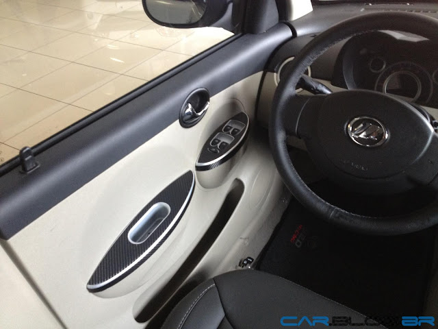 LIfan 320 2013 Mini Cooper chinês - interior
