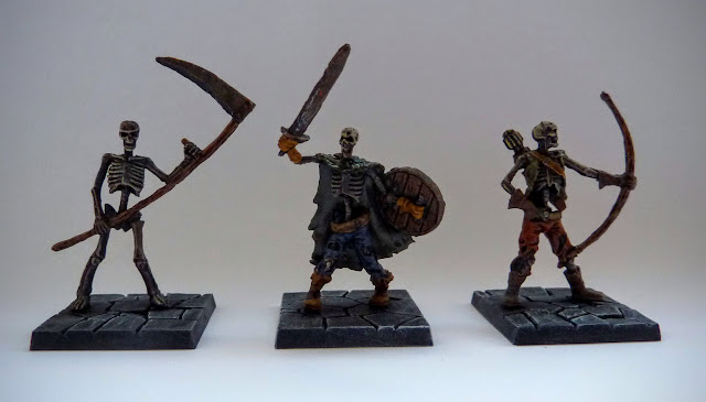 Dungeon Saga: Dwarf King's Quest painted evil dead: skeleton warriors.
