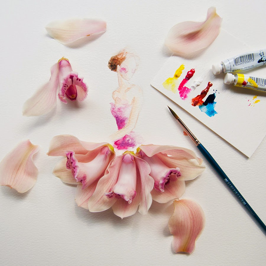 03-Lim-Zhi-Wei-Limzy-Paintings-using-Flower-Petals-www-designstack-co
