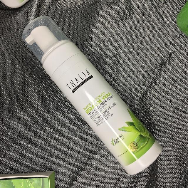 Thalia Aloe Vera Onarıcı ve Nemlendirici Yüz Temizleme Köpüğü