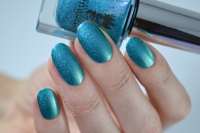 a england whispering waves turquoise holo swatch meebox