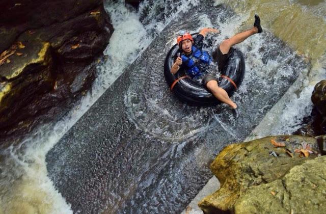 Wisata Sungai Karst Tubing Sedayu Jogja