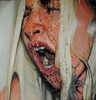 Pintura hiperrealista de una mujer