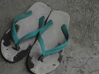 Wajib Tahu, Flip Flop Ternyata Jauh Lebih Berbahaya Dari Pada High Heels