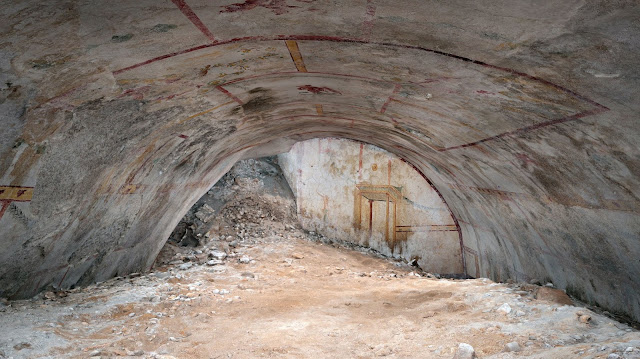 Sphinx Room at Domus Aurea re-emerges