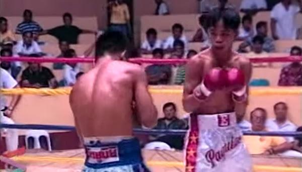 Renato (blue) versus Manny (white)