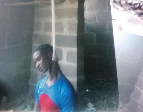 Murder or suicide? Tunde allegedly hangs himself at uncompleted building in Lagos