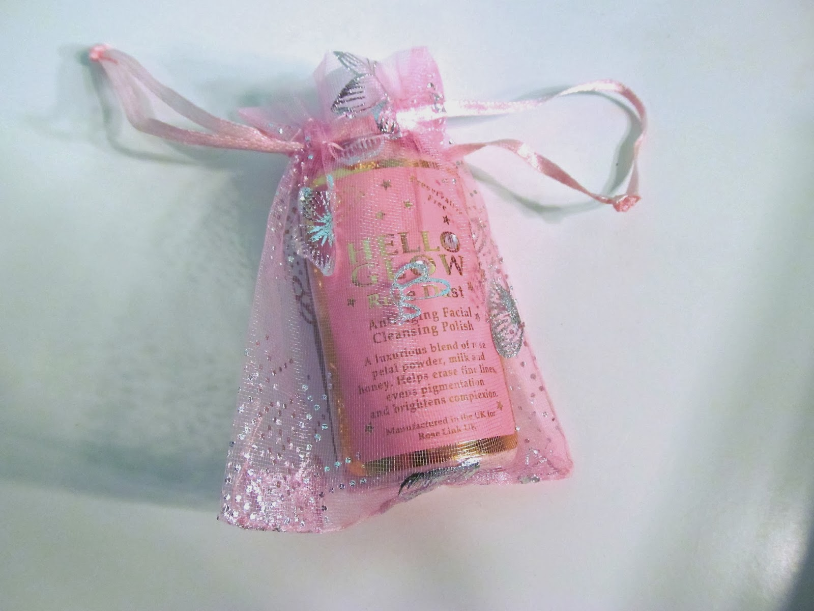 Hello Glow Rose Dust - Anti-ageing Facial Cleansing Polish