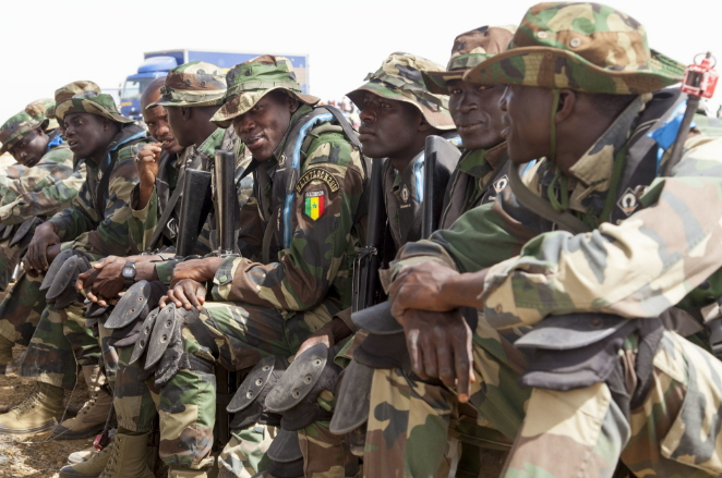 senegal soldiers jammeh step down