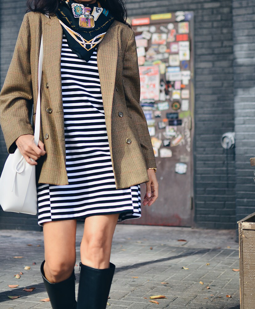 Oversized plaid blazer street style