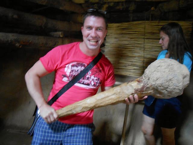 Копия древней палицы в Аркаиме