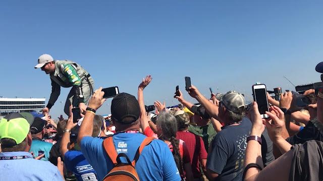 Dale Earnhardt Jr. fan pics