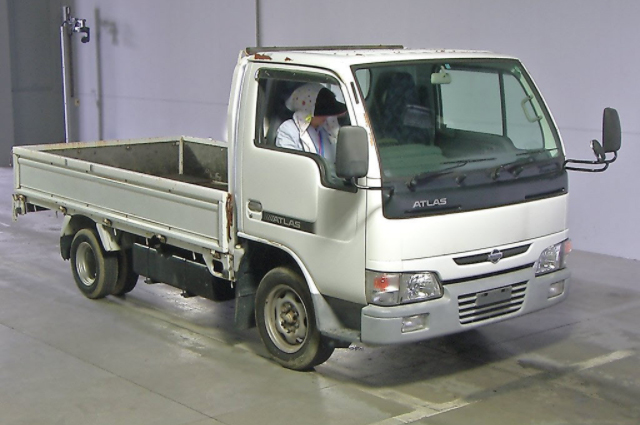 1999 Nissan Atlas for Tanzania to Dar es Salaam|Japanese vehicles to the world