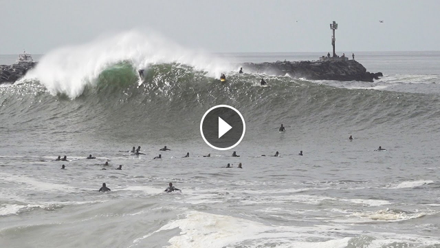 First PUMPING swell at the Wedge 2020 and it s GRANDE