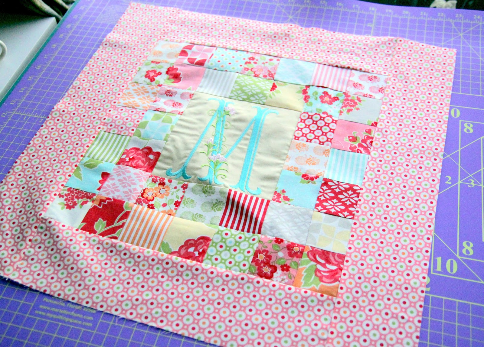Patchwork Pillow Pattern And Tutorial The Cottage Mama