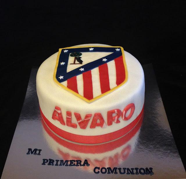 tarta; fondant; comunión; celebracion; equipo; atleti; madrid; futbol; balon;