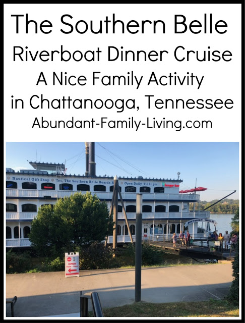 https://www.abundant-family-living.com/2018/10/southern-belle-riverboat-dinner-cruise.html#.W8AICPZRfIU