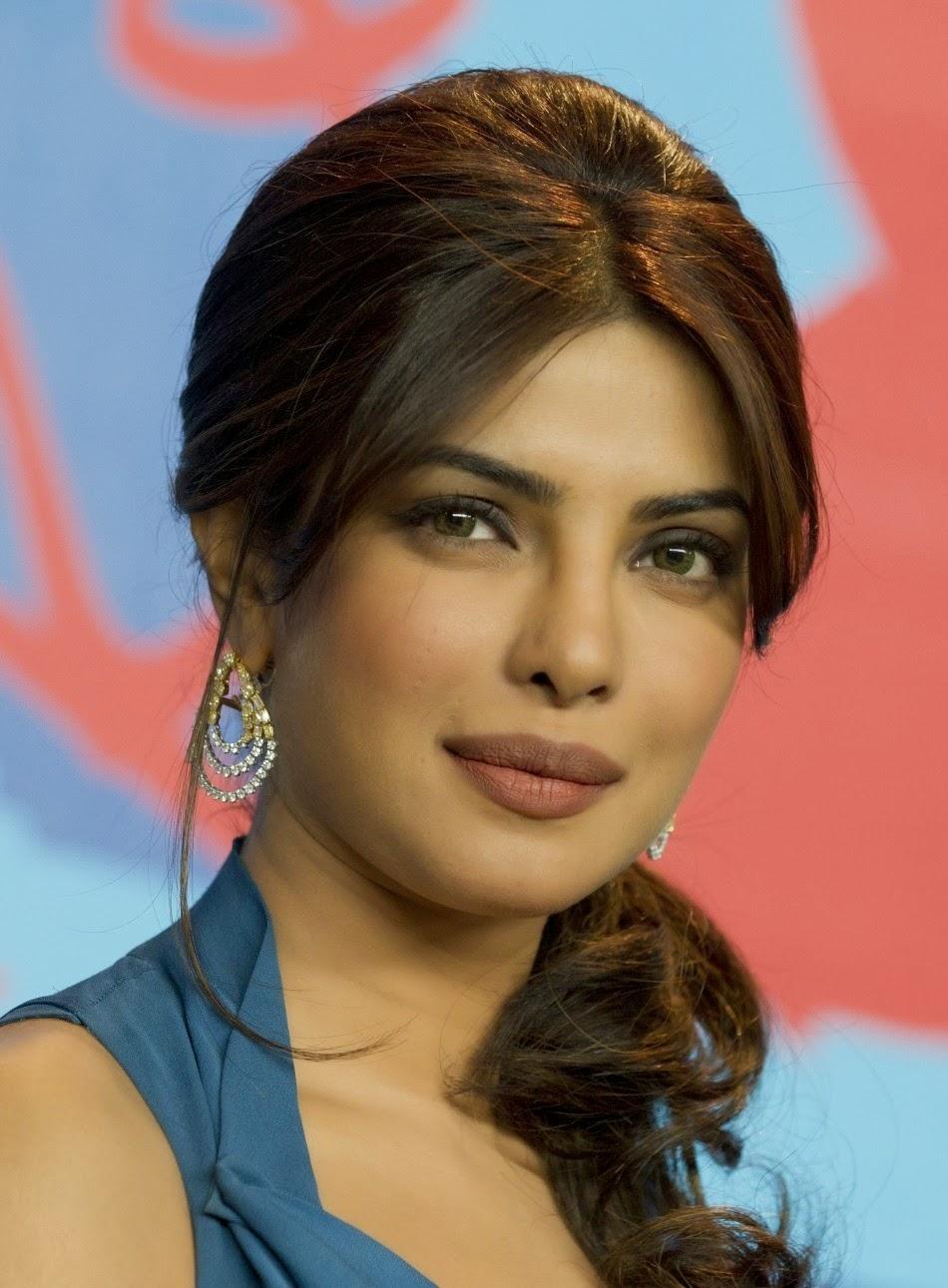 Priyanka Chopras Hot Wallpapers  Allfreshwallpaper-6444