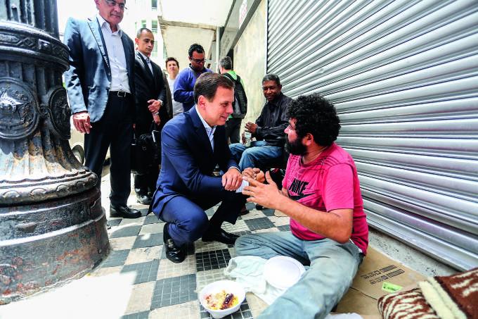 Mucambense morador de rua ajudado por Doria não é ator; conheça Gerson