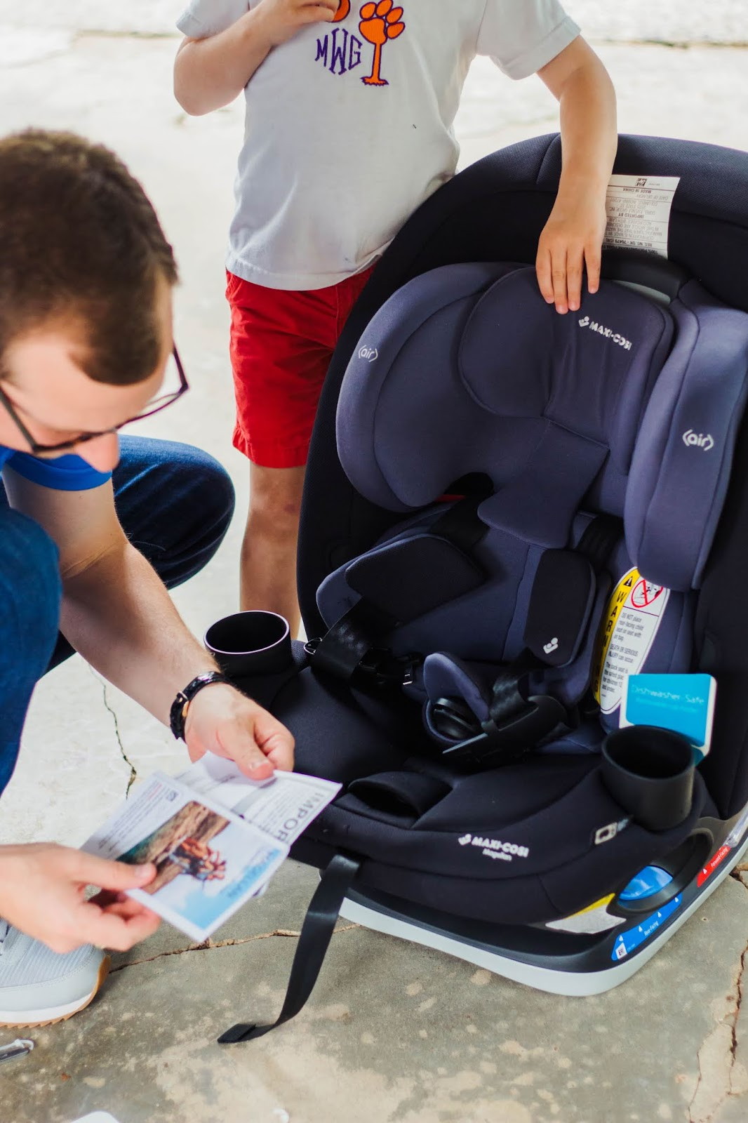 A Review of the Maxi-Cosi Magellan Convertible 5-in-1 Car Seat