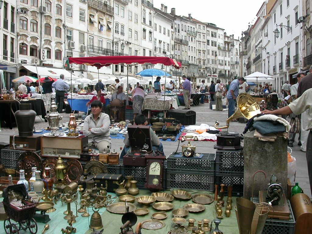 A Shabby Display Of Brocante