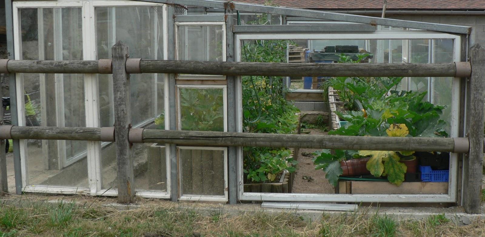 Malone 03 allier bourbonnais maison et jardin jardin sous serre et paillage - Serre de jardin maison nancy ...