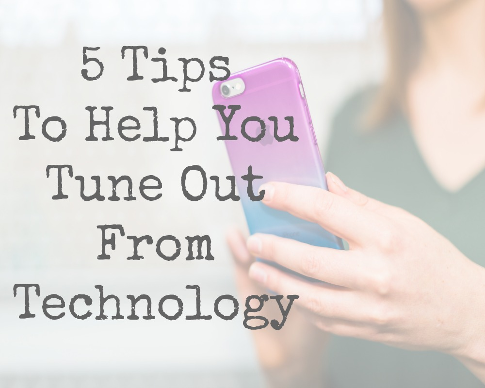 Technology has come so far, and it sure has some amazing benefits.  The trouble is nowadays is that it can be quite addictive. Quick scroll on Facebook here, totally out of blue tweet there. Taking photos constantly to upload to Instagram. Here are 5 tips to help you tune out and switch off from technology