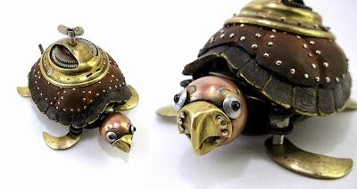 Tortuga steampunk hecha con metales reciclados