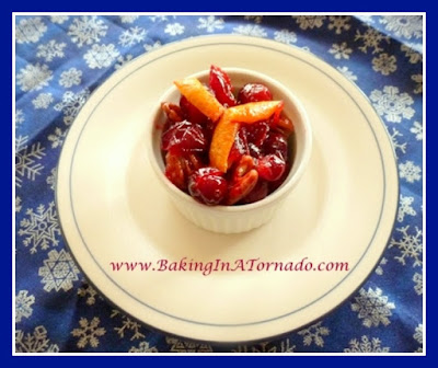 Festive Cranberry Sauce | www.BakingInATornado.com