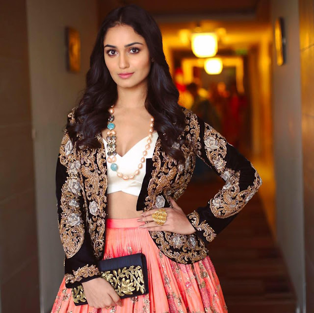 Tridha Choudhury age, hot, School, instagram, and harshad arora, boyfriend, birthday, images, movies, kiss, bikini, biography, in bikini, wiki, height, facebook, twitter, hd wallpaper, hot pics, hd images